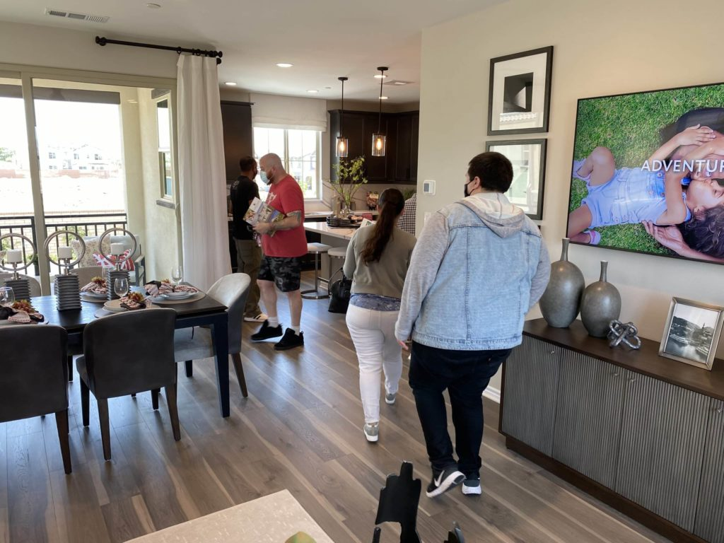 Open House Dining Room to Kitchen | Gardenside| New homes in Chino, California| The Preserve
