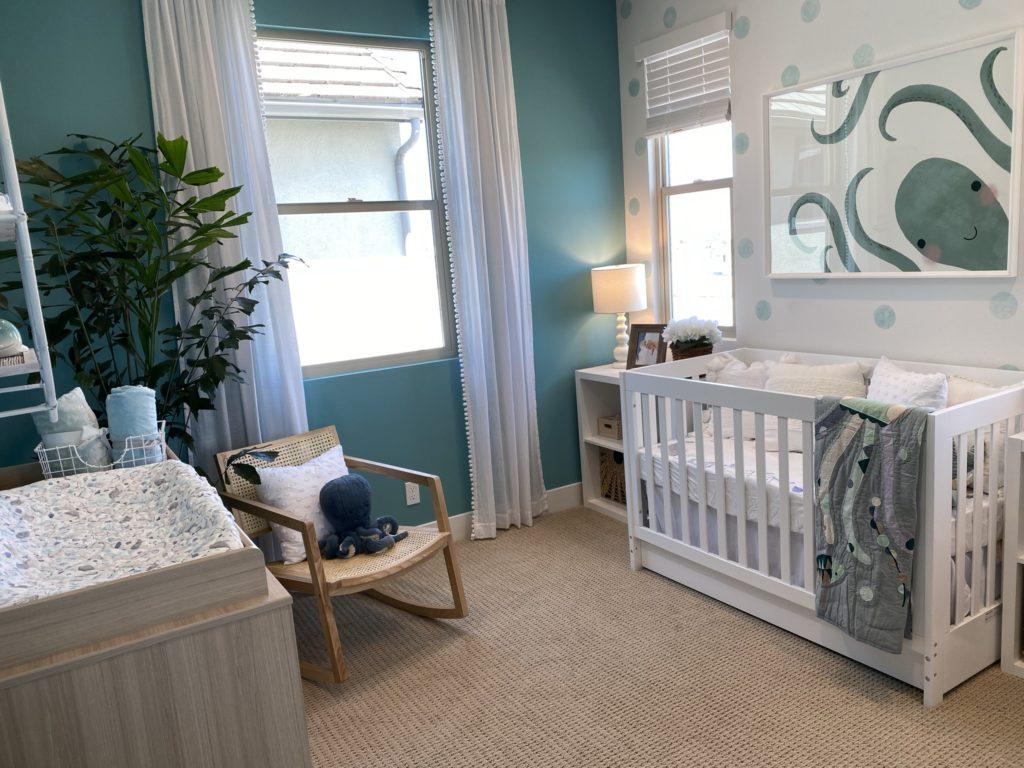 delia children's bedroom with crib